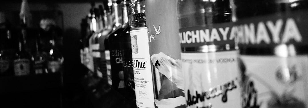 ginebra, vodka y otros