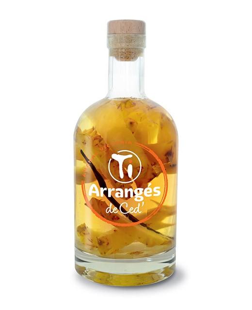 Ron macerado con Ananas Victoria - Les Rhums de Ced'